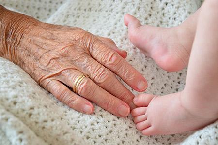 Acompanhamento da Saúde da Mulher, Como lidar com as avós no pós parto